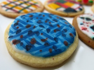 Cookie Decorating_Blue cookie