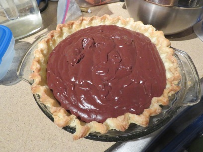 Pie with chocolate pudding filling